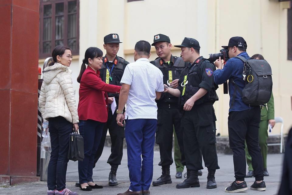 Địa điểm diễn ra phiên phúc thẩm vụ án tại trụ sở Tòa án nhân dân tỉnh Phú Thọ. Theo quyết định đưa vụ án ra xét xử phúc thẩm, có 83 bị cáo tham gia phiên tòa theo kháng nghị của Viện Kiểm sát và kháng cáo của các bị cáo.