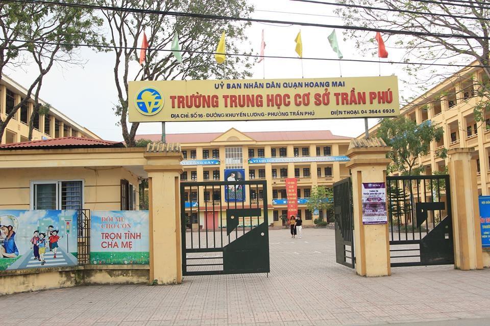 Trường THCS Trần Phú (Hà Nội), nơi vừa xảy ra sự việc thầy giáo bị tố dâm ô 7 nam sinh. Ảnh: Nguyễn Hà