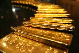 Giá vàng hôm nay 24.4: Vàng miếng trong nước và thế giới cùng rớt giá