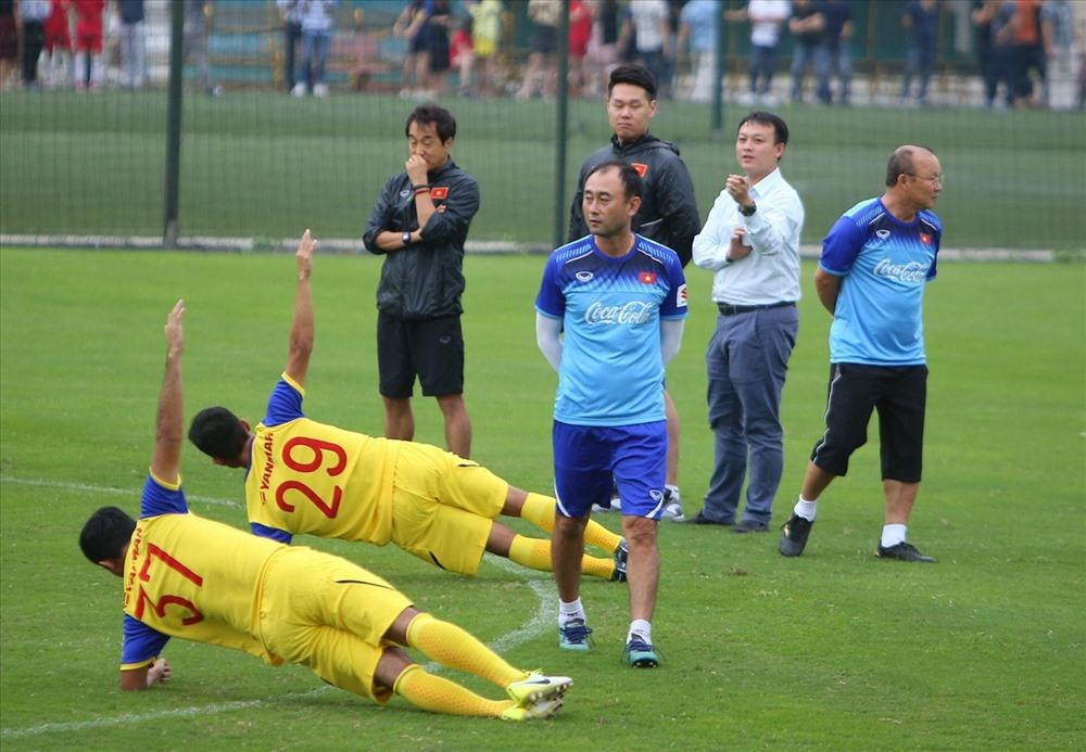 Thêm một HLV Hàn Quốc sắp ra mắt ở V.League 2019 ở vòng đấu tới đó là HLV Lee tae-hoon của HAGL khi lên thay thế HLV Dương Minh Ninh.