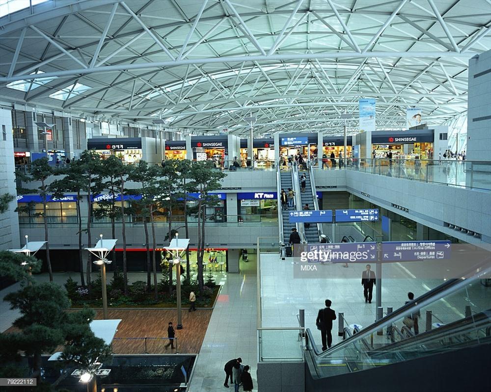 Sân bay Incheon được xây dựng có trang bị nhiều dịch vụ tiện ích cho Du khách khi nán lại sân bay. Ảnh: T. L.