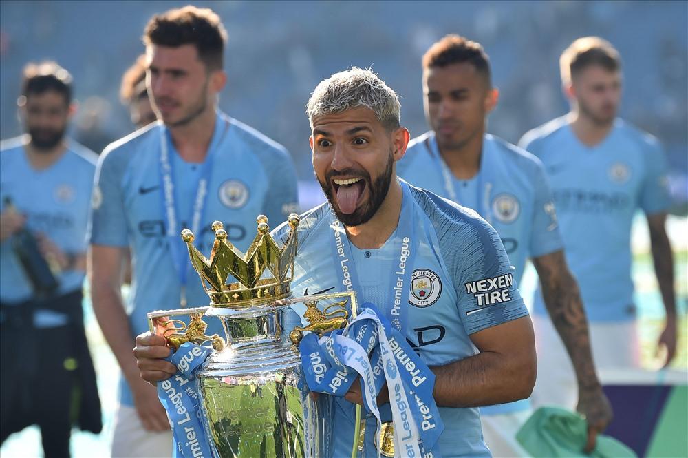 Aguero là chân sút số 1 Man City mùa này với 21 bàn thắng. Ảnh: Sky Sports.
