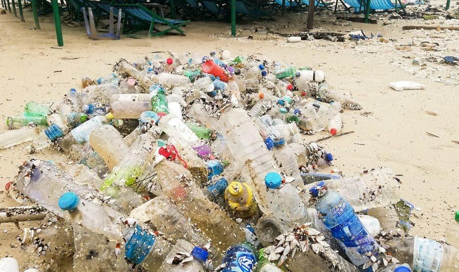 Rác thải nhựa và ô nhiễm do loại rác này mang lại đang là vấn nạn lớn ở Việt Nam. Ảnh: FB Thôi đừng Nylon