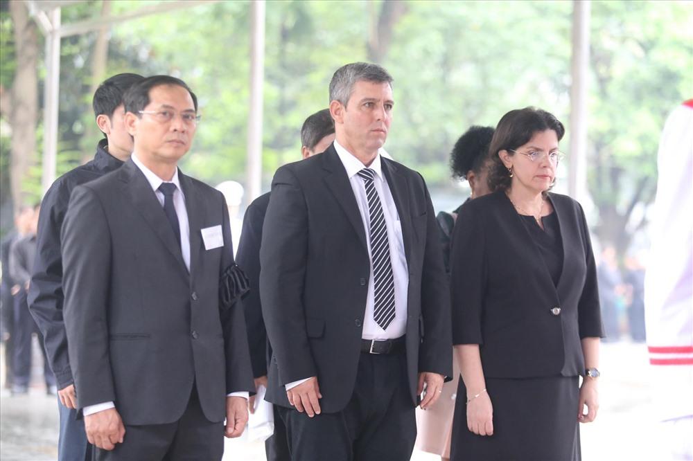 Đoàn CuBa do bộ trưởng bộ truyền thông Cuba dẫn đoàn