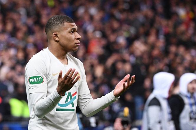 Mbappe khó cạnh tranh giày vàng Châu Âu với Messi khi Ligue 1 sắp hạ màn. Ảnh AFP