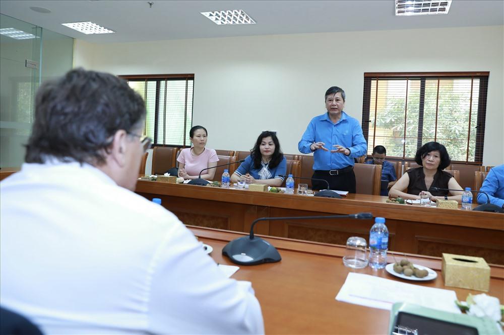 Phó Chủ tịch Thường trực Tổng LĐLĐVN Trần Thanh Hải phát biểu tại buổi làm việc. Ảnh: Hải Nguyễn.