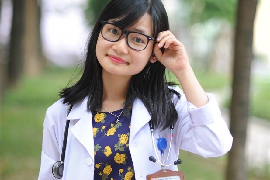 Nữ thủ khoa xuất sắc Đại học Y Hà Nội Nguyễn Thị Thương