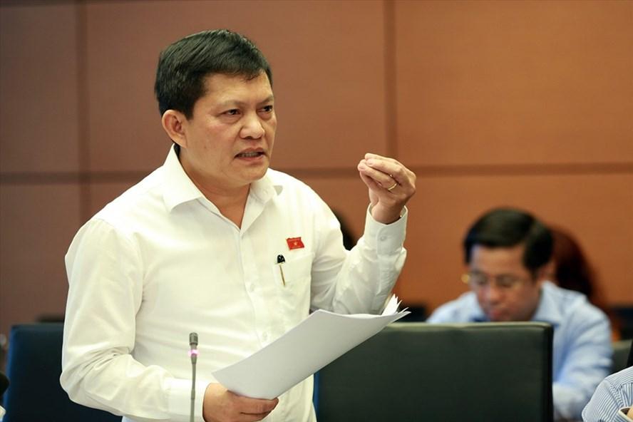 Đại biểu Quốc hội Phạm Phú Quốc bày tỏ lo ngại việc khai thác nước ngầm không theo quy hoạch nào sẽ gây tác dụng xấu trong tương lai gần. Ảnh: Hải Nguyễn
