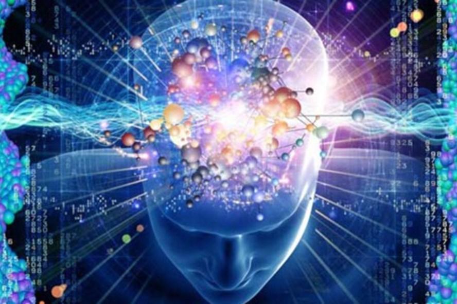 Sự xuất hiện của tai nghe thông minh, các sản phẩm trí tuệ nhân tạo đang là cơ hội cũng là thách thức với con người.
