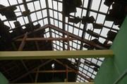 Lốc xoáy càn quét làm tốc mái 56 ngôi nhà dân