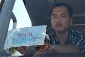 Lý do Hà Nội thu hồi gần 350 phù hiệu xe ôtô vi phạm?