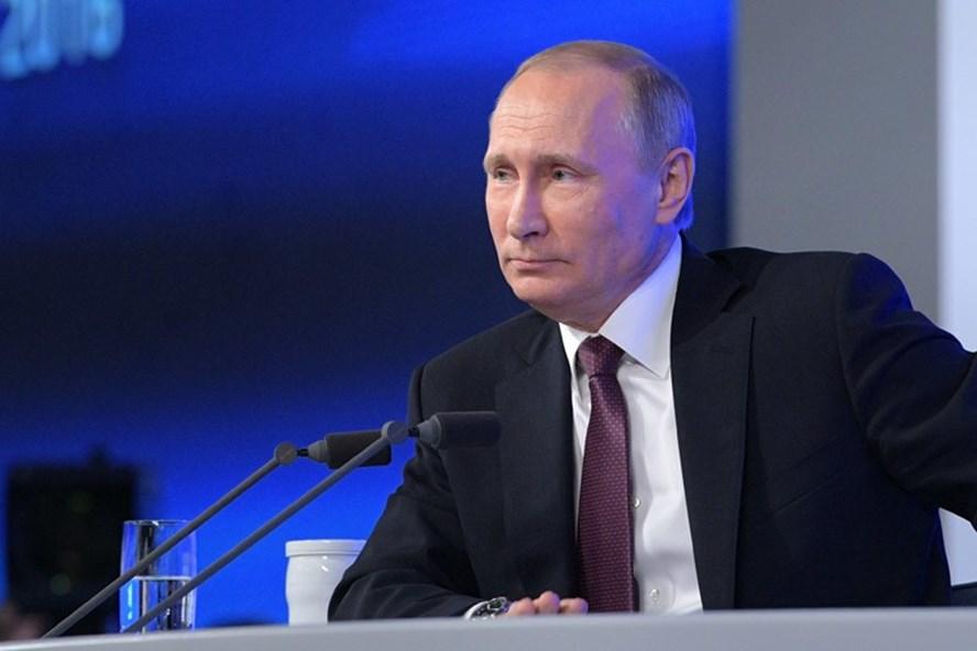 Tổng thống Nga Vladimir Putin tổ chức họp báo thường niên. Ảnh: Sputnik