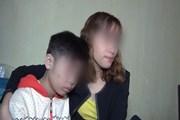 """Vụ bé trai bị bố, mẹ kế hành hạ: Mẹ ruột 2 năm không gặp con do """"tin tưởng chồng"""""""