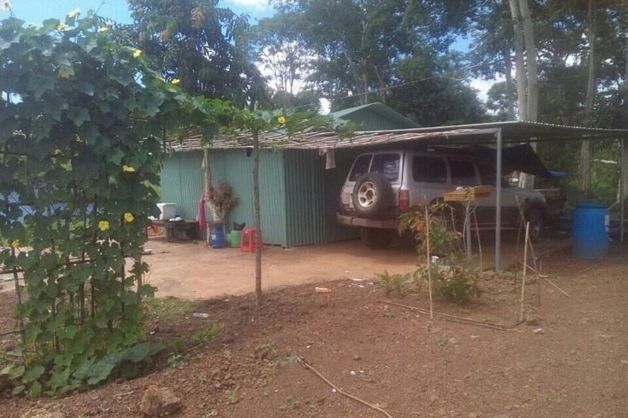 Một căn nhà trái phép được lập trên vành đai biên giới huyện Ia H'Drai (Kon Tum). Ảnh huyện cung cấp.