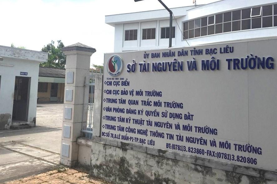 Thời gian ông Ánh lãnh đạo Trung tâm Kỹ thuật TNMT thuộc Sở TNMT Bạc Liêu đã có nhiều sai phạm.