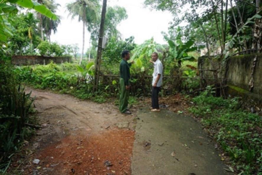 Sở TNMT Nghệ An khẳng định sẽ thực hiện các quy trình để mở đường lại cho dân xóm 2, xã Lam Sơn. Ảnh: QĐ