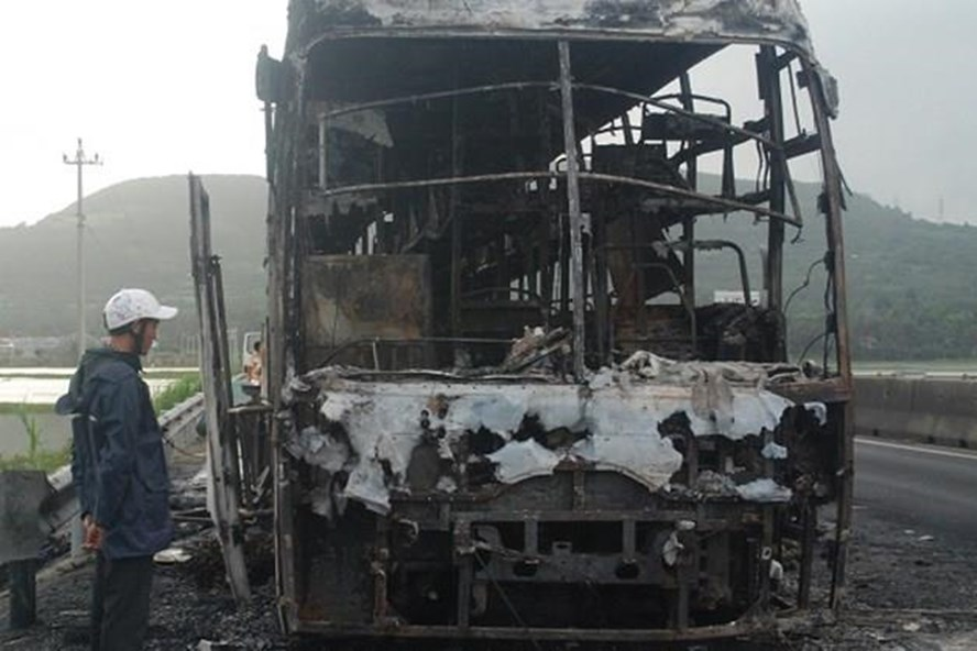 Liên tiếp xảy ra nhiều vụ cháy xe khách trên địa phận tỉnh Phú Yên. Ảnh: K.N