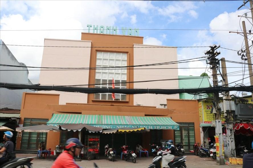 Bộ Nhạc cụ hơn 40 tỉ  hiện đang gửi tại rạp Thanh Vân đang xuống cấp và hư hỏng.