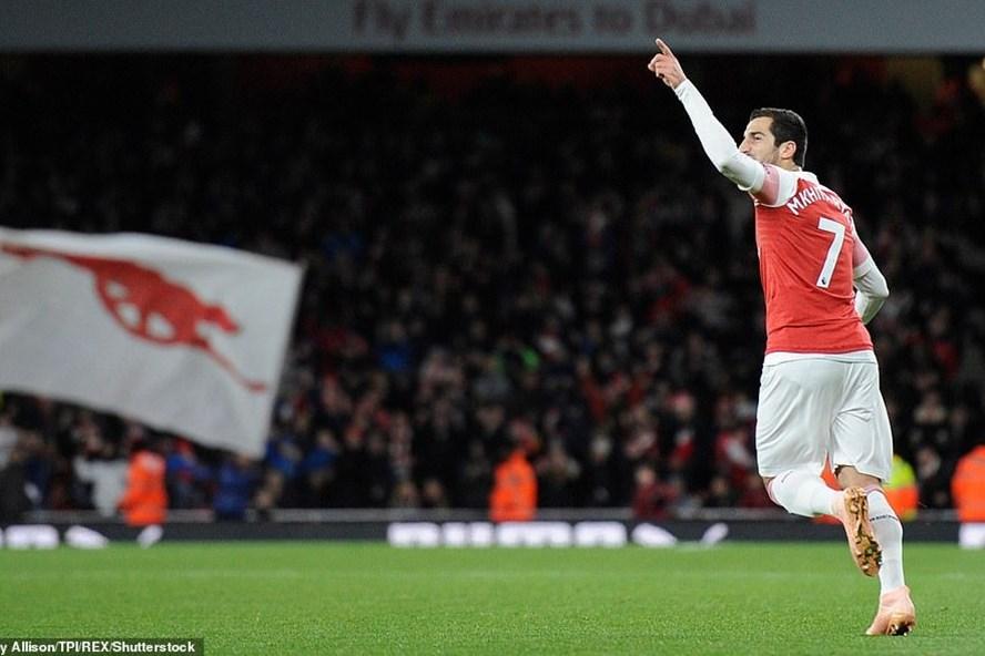 Mkhitaryan đã giúp cho Arsenal giữ lại 1 điểm trên sân nhà. Ảnh: REX.