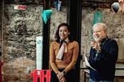 """""""Đảo của dân ngụ cư"""" nhận giải thưởng quốc tế, đạo diễn Hồng Ánh: Chưa bao giờ nghĩ sẽ đoạt giải"""