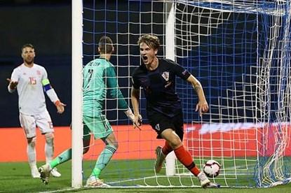 Hàng thủ thảm họa, Tây Ban Nha thua đau Croatia 2 - 3