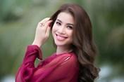 Động thái mới nhất của Hoa hậu Phạm Hương giữa tin đồn sang Mỹ sinh con