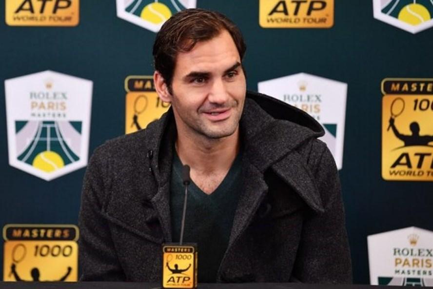 Roger Federer trong buổi họp báo trước khi tham dự giải ATP 1000 Rolex Paris Masters 2018. Ảnh: Tennis 365