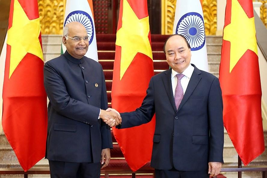 Thủ tướng Nguyễn Xuân Phúc và Tổng thống Ấn Độ Ram Nath Kovind. Ảnh: VGP.