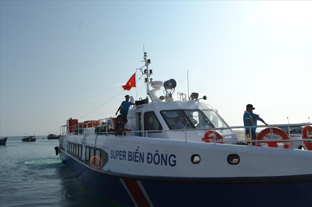 tàu super biển đông sa kỳ-lý sơn
