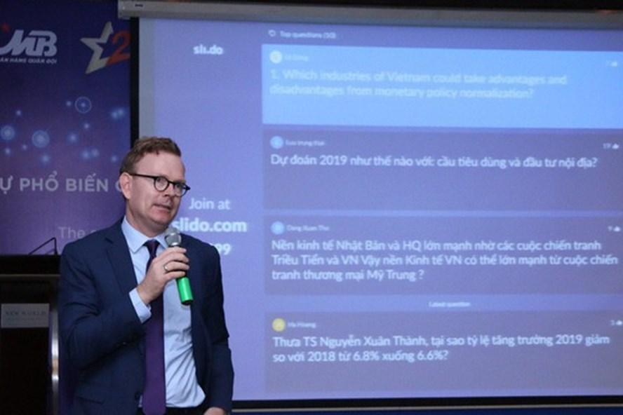 """""""MB Economic Insights"""" đã trở thành diễn đàn chuyên môn về kinh tế mang tầm đẳng cấp quốc tế, góp phần hỗ trợ doanh nghiệp tại Việt Nam nâng cao năng lực quản trị kinh doanh và tài chính. Ảnh: PV"""