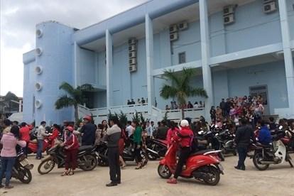Việc ký ồ ạt giáo viên tại huyện Krông Pắk là không đúng quy định.