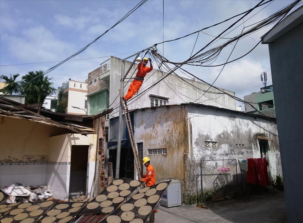 Có 13 tuyến đường, hẻm kiệt trong thành phố được phát triển lưới, lắp đèn chiếu sáng...