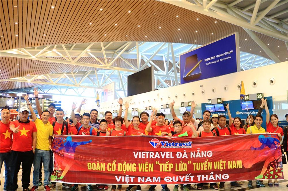 Vietravel tổ chức đưa cổ động viên Việt Nam sang Malaysia tiếp lửa cho đội tuyển Việt Nam ở trận chung kết AFF cup 2018.