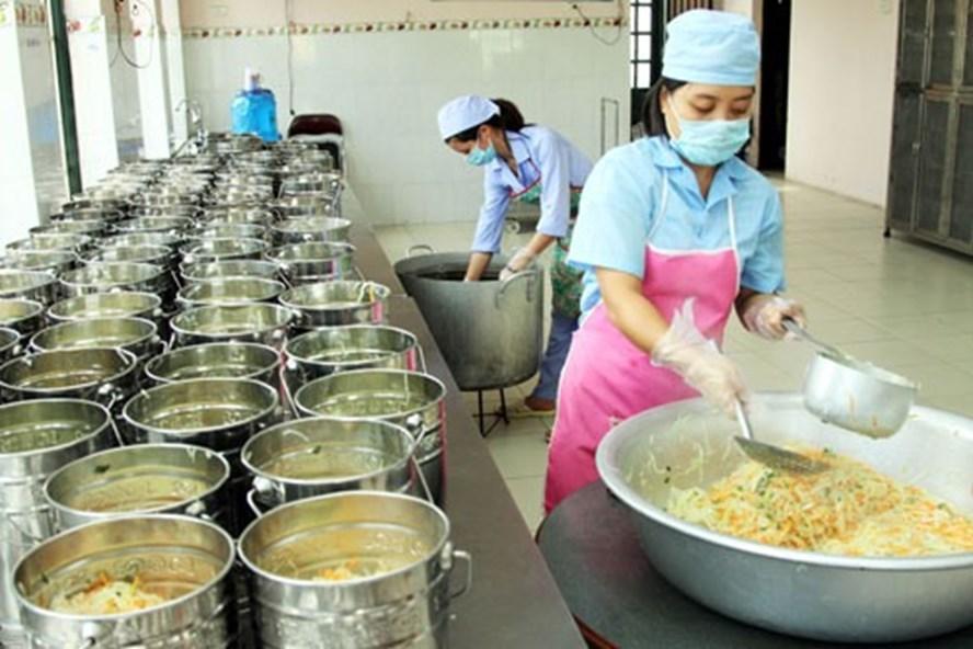 Bếp ăn trường học phải đảm bảo an toàn vệ sinh thực phẩm