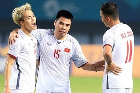 """Đức Huy """"bóc mẽ"""" tật xấu các đồng đội tuyển Việt Nam"""