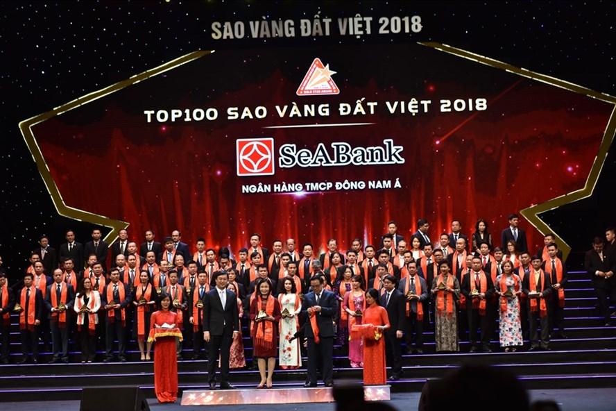 SeABank nhận giải thưởng Sao Vàng đất Việt và thương hiệu dẫn đầu Việt Nam 2018. Ảnh: P.V