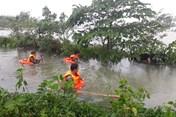 Tìm thấy thi thể nạn nhân thứ 2 trên cánh đồng ngập nước