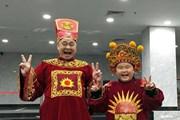 Showbiz 24h: Con trai Xuân Bắc học thoại Táo quân, Diễm Quỳnh dẫn chương trình cuối năm