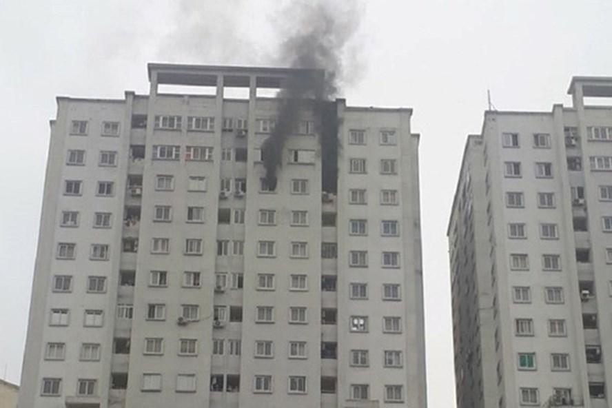 Cháy tại tòa chung cư CT5 khu đô thị Văn Khê diễn ra ngày 25.3.Ảnh: TC