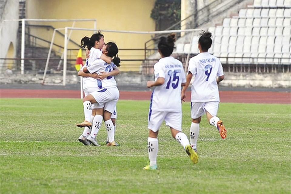 Nỗi niềm bóng đá nữ