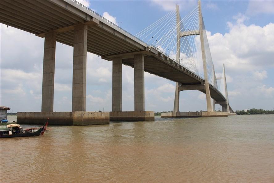 Cầu Cao Lãnh đã sẵn sàng cho ngày thông xe.