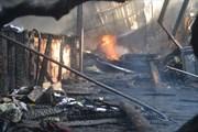 Cháy lớn quán cà phê hồ Tuyền Lâm Đà Lạt, nhiều xe cổ bị thiêu rụi