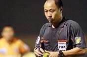 """Trọng tài FIFA Hoàng Anh Tuấn chia sẻ về """"nghề nguy hiểm"""""""