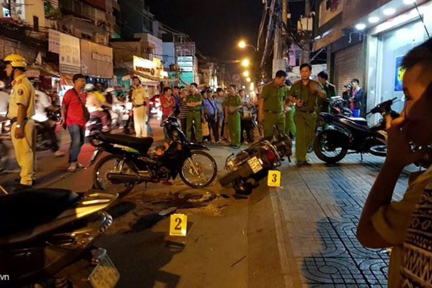 Vụ án mạng nghiêm trọng xảy ra tối 13.5 trên đường Cách Mạng Tháng Tám (phường 10, quận 3, TP.HCM). Ảnh: Zing.