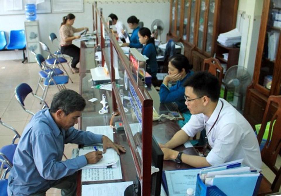 Khu vực một cửa ở Đà Nẵng trong giờ làm việc (ảnh: Nguyễn Đông/Vnexpress.net).