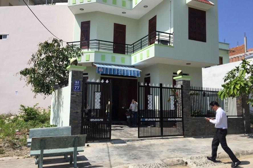 Ngôi nhà rao bán cho người nước ngoài với điều kiện nhờ người Việt đứng chân. Ảnh: PV
