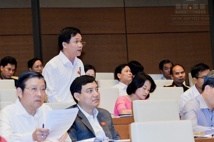 ĐBQH Trần Văn Mão cho rằng, cần có cơ chế kiểm soát quyền lực của hội đồng trường, tránh hình thành các nhóm lợi ích.
