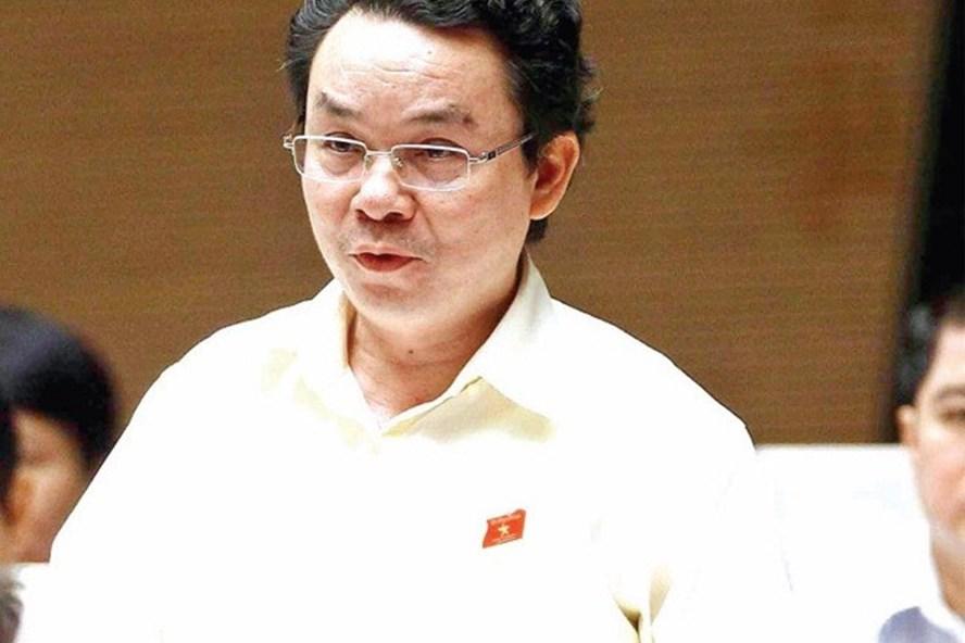 Đại biểu Hoàng Văn Cường góp ý về dự thảo Luật Giáo dục đại học sửa đổi.