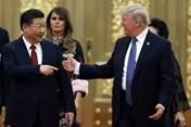 """Tổng thống Donald Trump bắt tay vào """"xử"""" hàng Trung Quốc"""