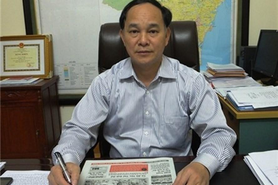 Vừa rời khỏi chiếc ghế giám đốc thân thuộc hôm trước, hôm sau ông Tuấn liền bị tố cáo.
